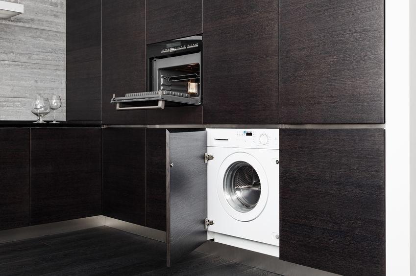 Lavatrice in cucina: nascosta a incasso