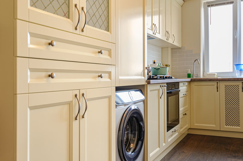 Lavatrice in casa: funzionale e di tendenza in cucina
