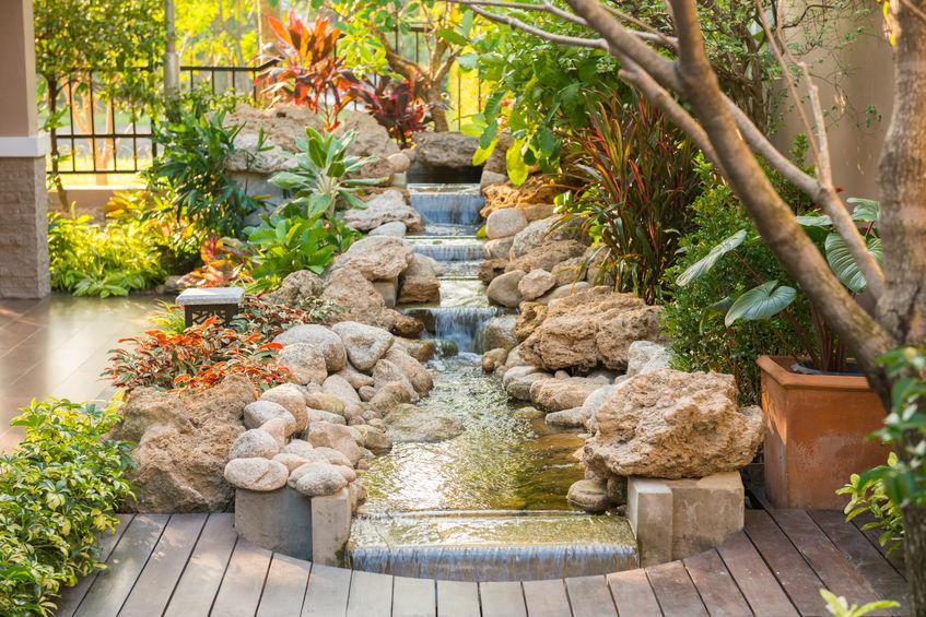 cascata per giardino roccioso