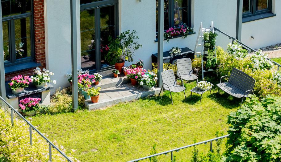 Come realizzare un perfetto balcone fiorito