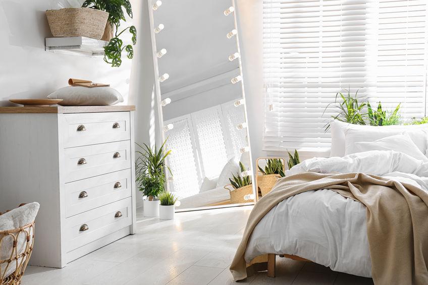 specchi rettangolari per camera da letto