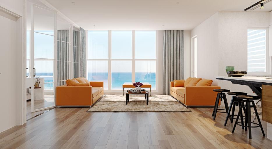 divani arancioni nel living