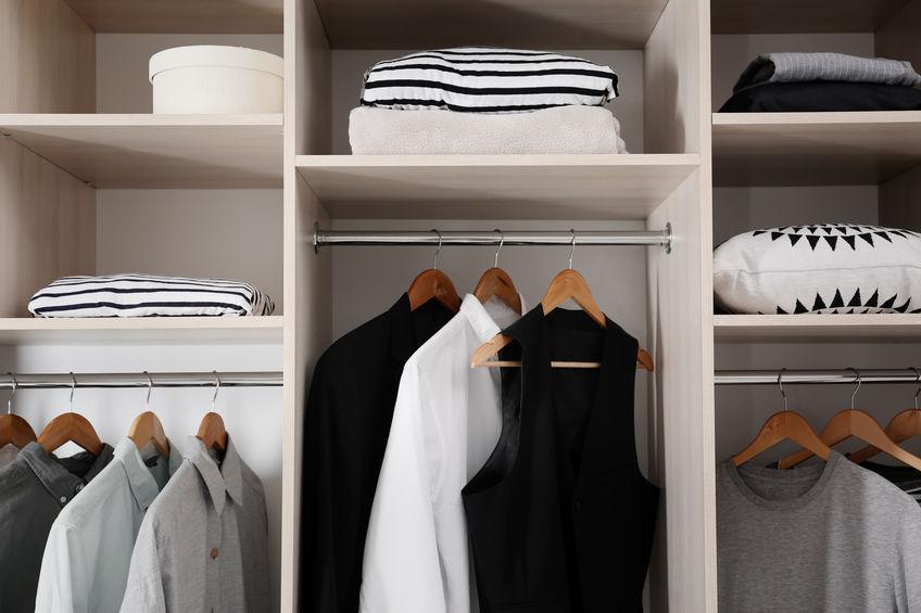 metodi per organizzare l'armadio