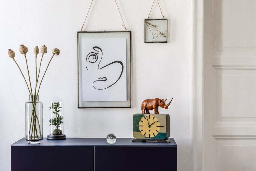 Appendere quadri in casa