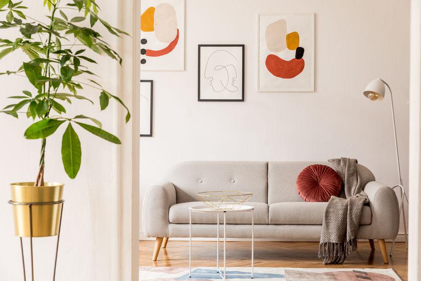 Come appendere i quadri in casa