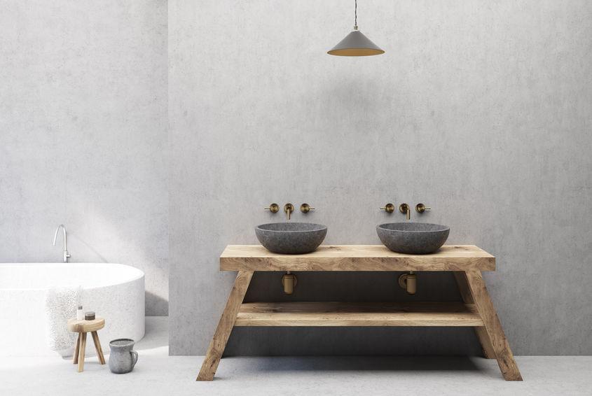 panca in legno rivisitata come mobile bagno