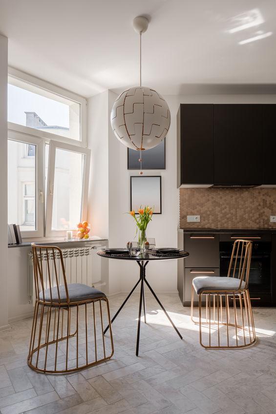 sedie di design dorate