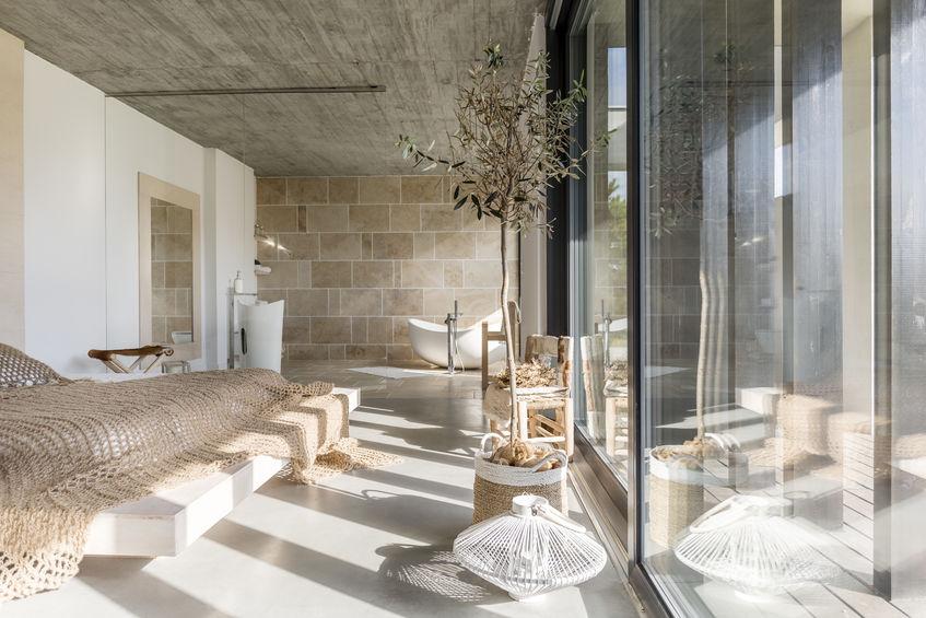 Affidarsi ad un designer d'interni per arredare casa