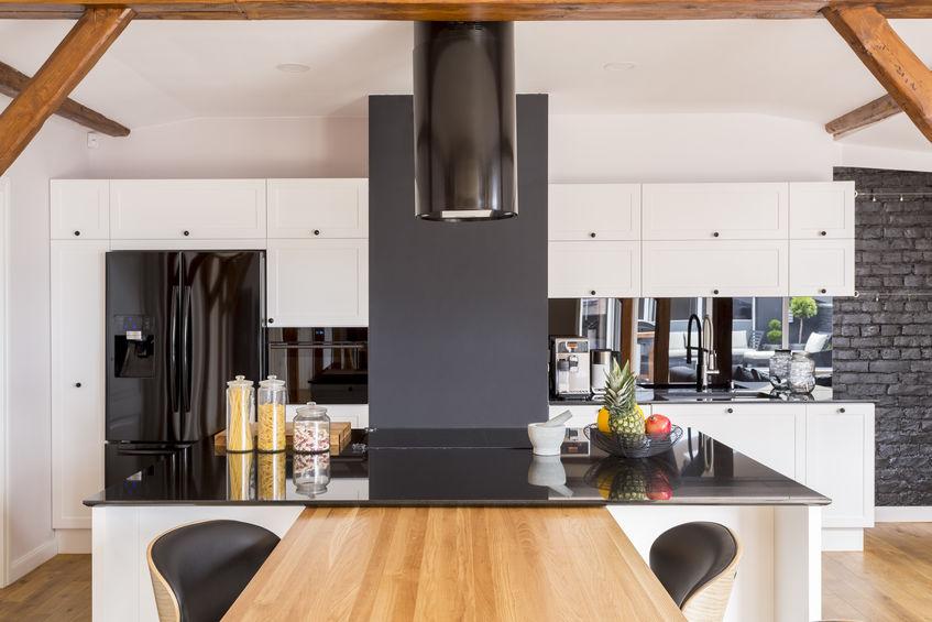 Elettrodomestici in nero: nuove tendenze in cucina
