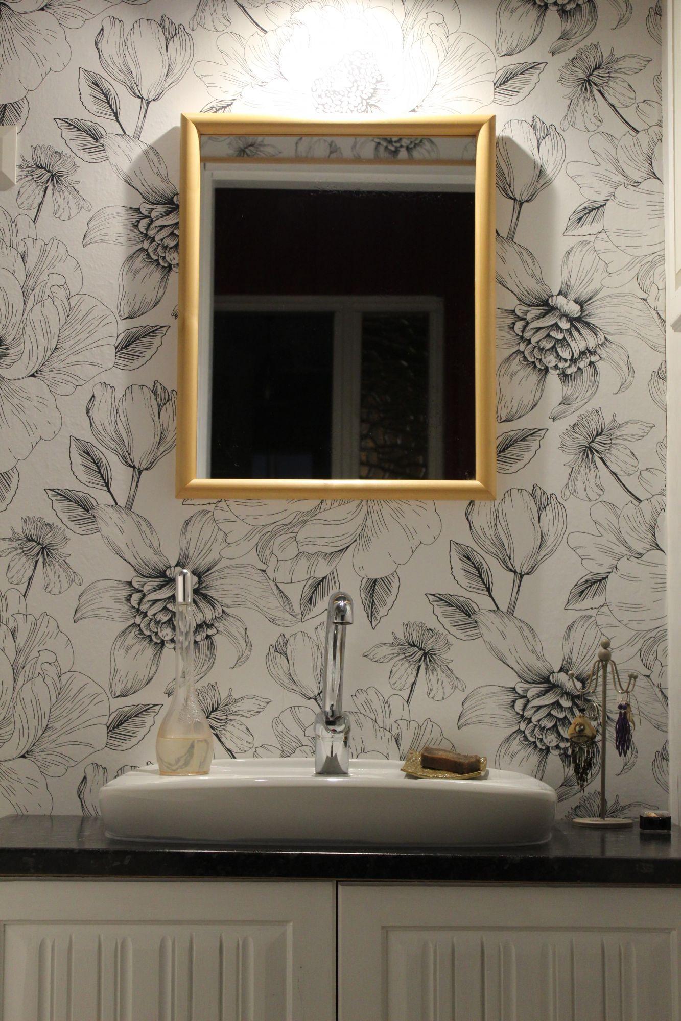 Wallpaper impermeabile in bagno