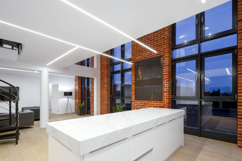 Loft in stile industriale: cucina moderna