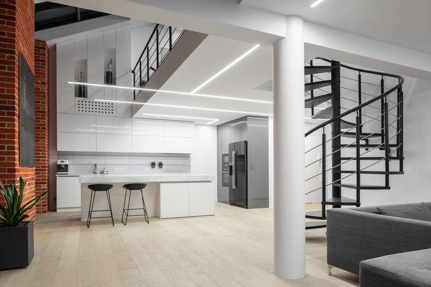 Loft in stile industriale con lucernari
