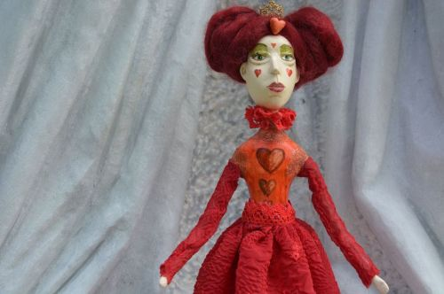 Archisio - Pupillae Art Dolls - Progetto Paper clay dolls the queen of hearts